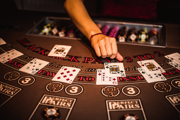 Secrets And Techniques Your Dad And Mom Never Told You About Online Casino